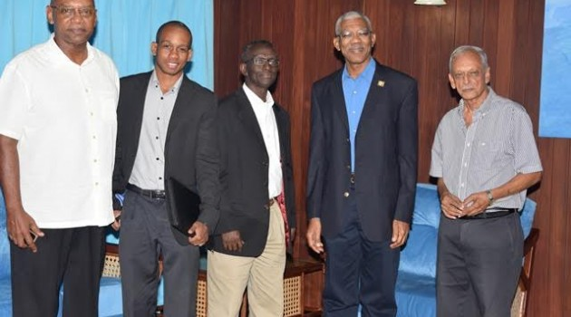 ​​​​President discusses renewable energy options with Barbadian company