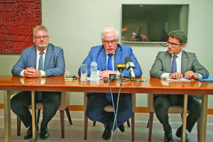 EIB Vice President Pim van Ballekom (centre) along with Angel Diez Fraile (right) and EU Ambassador, Jernej Videtiĉ