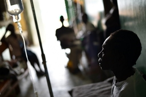 Toussaint, patient with cholera symptoms, receives medical attention at the health center of Les Anglais, in Les Cayes in the southwest of Haiti on October 16, 2016. (Photo: AFP)