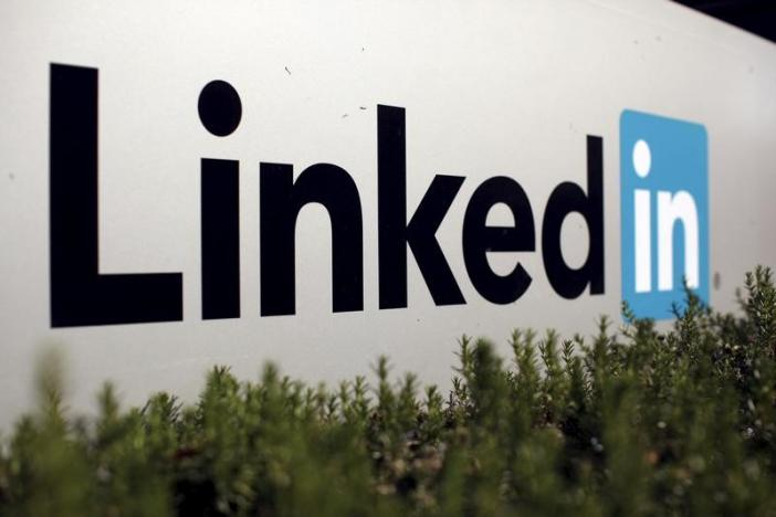 The logo for LinkedIn Corporation is shown in Mountain View, California, U.S. February 6, 2013.   REUTERS/Robert Galbraith/File Photo