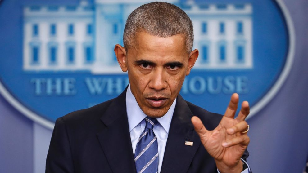 US elections: Barack Obama 'told Vladimir Putin to cut it out'