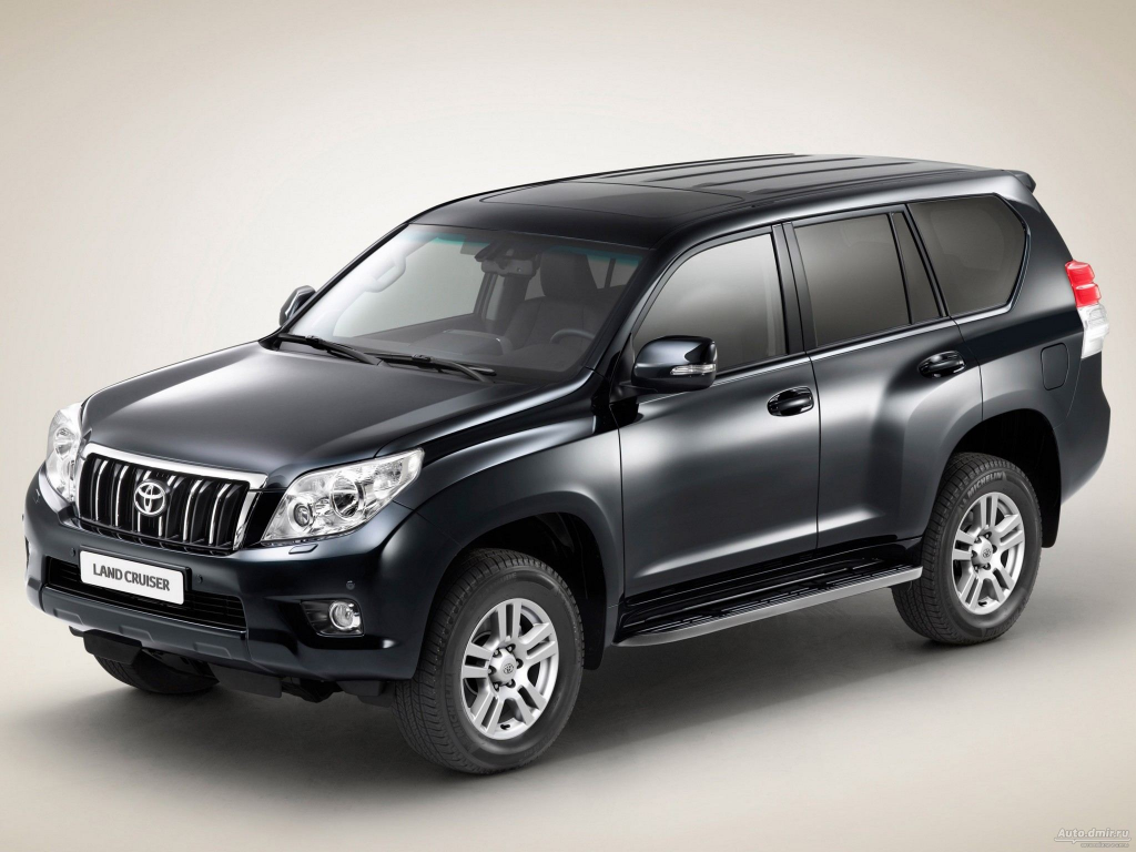 The vehicle utilized by the former AG, a Toyota Land Cruiser Prado, was similar to the one shown in this picture